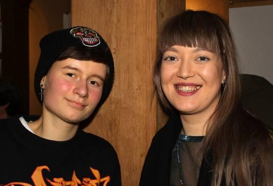 Sosse Serpenti (17) en Freya Rose (25). 'Iets in beeld brengen waar iedereen zijn eigen gevoel bij heeft.'