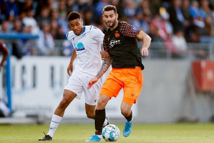 Gastón Pereiro in actie tegen FK Haugesund.