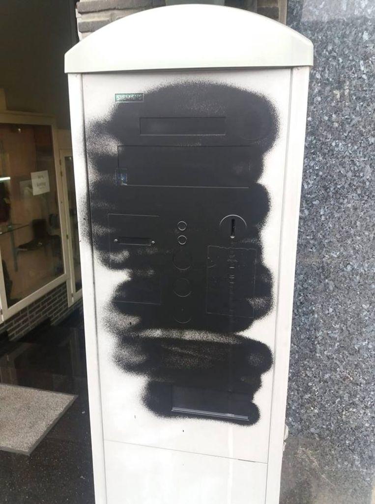 32 van de 36 parkeerautomaten in het centrum zijn besmeurd met graffiti.