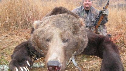 Weer een maatregel van Obama teruggedraaid: grizzlyberen afknallen mag weer in de VS