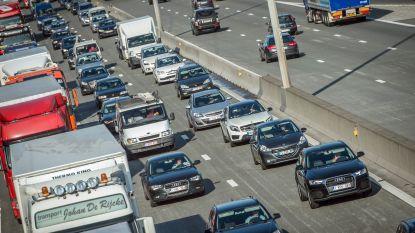 Twee weekends zware hinder op E17 tussen De Pinte en Zwijnaarde