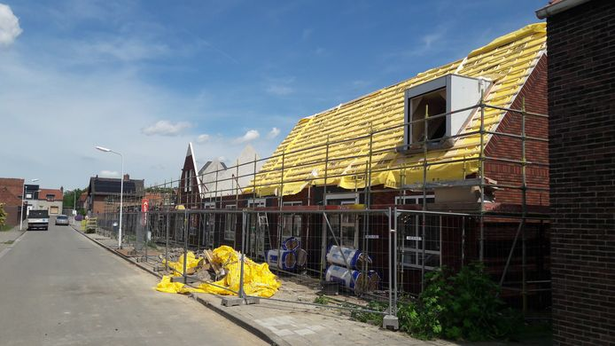 Nieuwbouw huurwoningen door Woongoed in Westdorpe waarvoor eerder verouderde huizen zijn gesloopt.