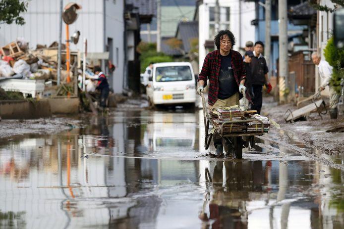 Schade na de tyfoon in Japan.