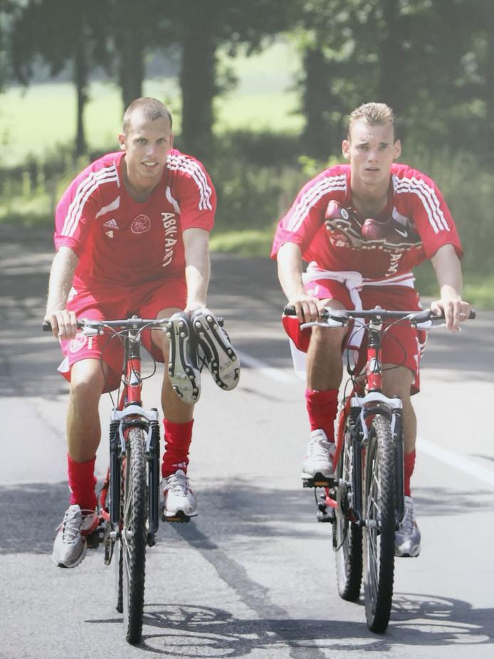 Samen met Heitinga op de fiets