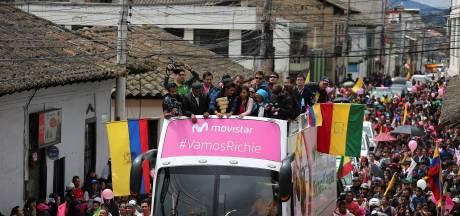 Giro-winnaar Carapaz groots gehuldigd in geboortedorp