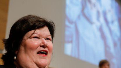 """Personeel federale zorgsector krijgt 3 tot 8 procent opslag: """"Historische investering"""""""