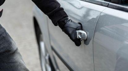 Vier twintigers veroordeeld nadat ze met gestolen wagens gingen joyriden:  tot 150 uur werkstraf