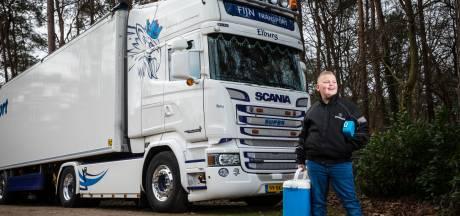 Dick (9) uit 't Loo scoort enorme hit met truckerslied