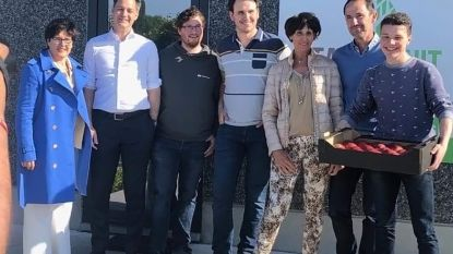 Minister De Croo bezoekt bedrijf Tack dat unieke tool ontwikkelde voor tracering van fruit