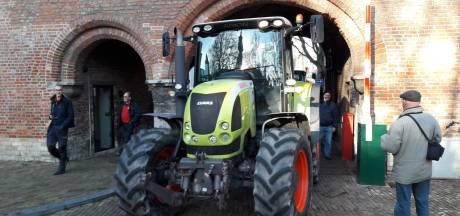 Zeeuwse boeren weer huiswaarts na gesprek op provinciehuis in Middelburg