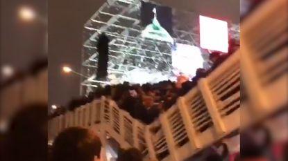 VIDEO. Voetgangersbrug ingestort in Moskou: tiental gewonden