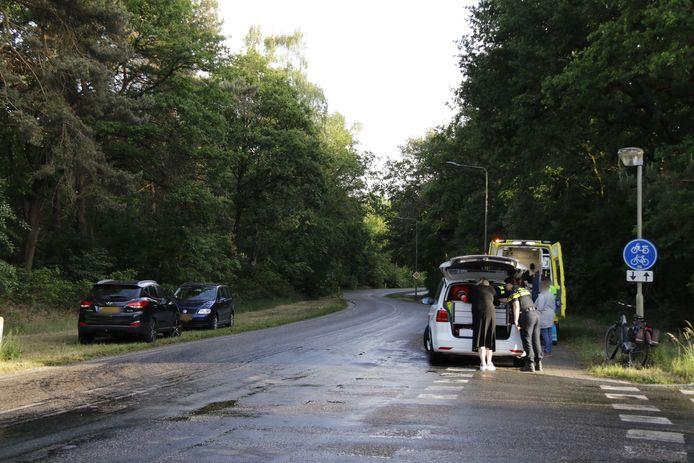 De fietser en de auto kwamen in Gennep met elkaar in botsing.
