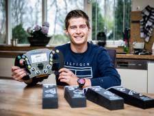 Autocoureur Leonard Hoogenboom (20) geniet na overwinning in Azië