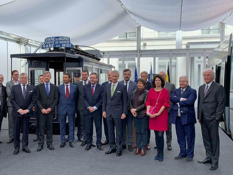 Koning Filip onthult nieuwe tram