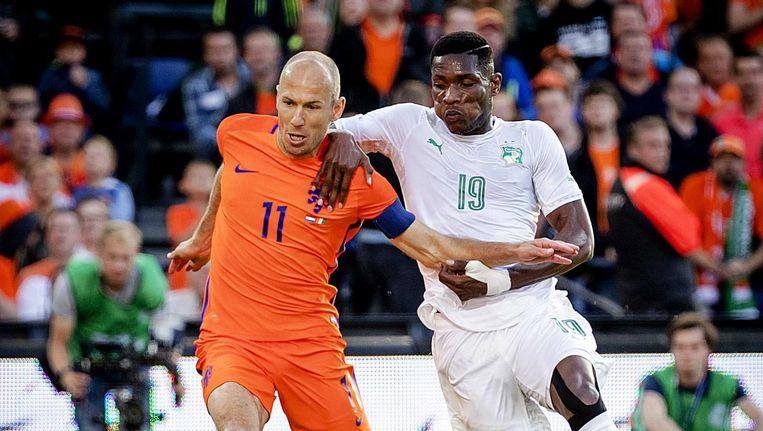 Arjen Robben in actie tegen Ivoorkust Beeld anp