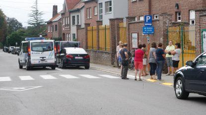 Extra politiecontroles aan de schoolpoorten