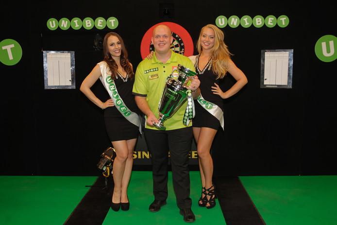 Michael van Gerwen is weer Europees kampioen.