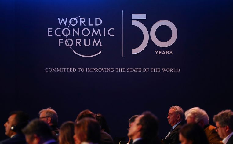 A logo of the World Economic Forum (WEF) is pictured during a session in Davos, Switzerland, January 22, 2020. REUTERS/Denis Balibouse Beeld REUTERS