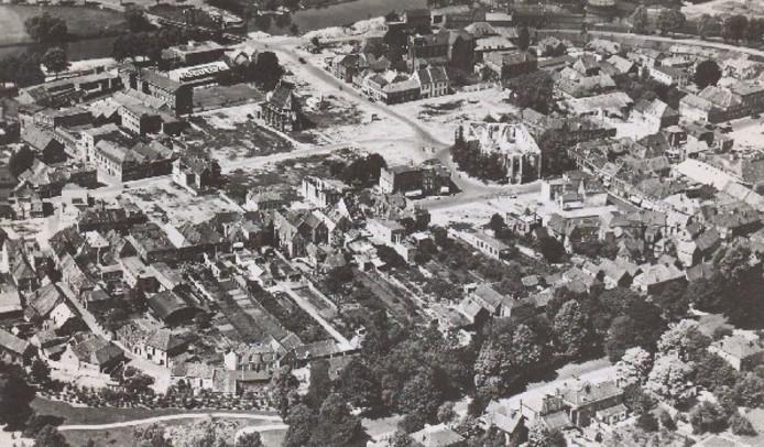 De binnenstad van Doetinchem, na de bombardementen.