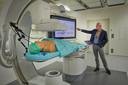 Een voorbeeld van een recente innovatie van Philips: de Azurion met FlexArm. Het systeem wordt onder meer gebruikt bij dotteren. Voor artsen wordt het gemakkelijker om, met 2D- en 3D-beelden van een patiënt, behandelingen nauwkeuriger te laten verlopen.