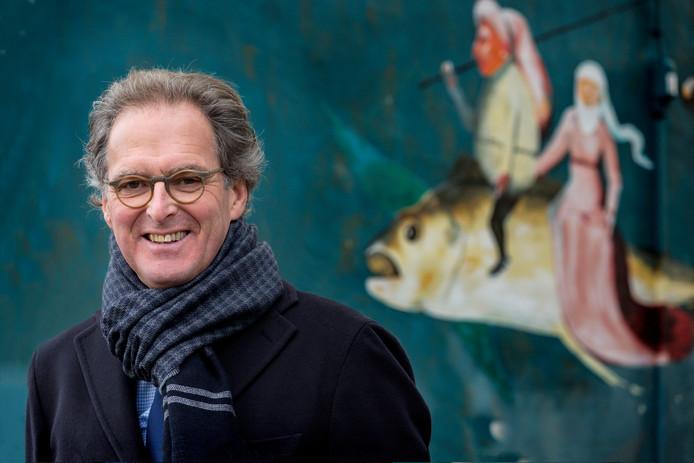 De Bossche burgemeester Ton Rombouts stopt, net als Peter Noordanus van Tilburg, op 1 oktober 2017. Burgemeester Wim Luijnendijk van Loon op Zand vertrekt uiterlijk 15 november. Voor de functie van burgervader of -moeder van Meierijstad staat nog een vacature open. Marcel Fränzel is nu waarnemens burgemeester.