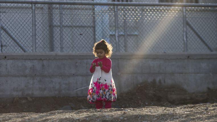 In het vluchtelingenkamp Moria op Lesbos zitten vluchtelingen vast die terug worden gestuurd naar Turkije. Beeld getty