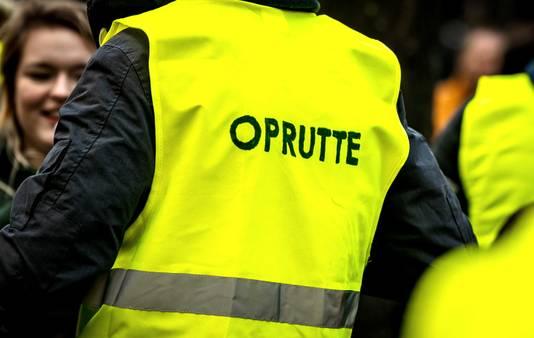 In Nederland zijn de demonstranten vooral klaar met het beleid van het kabinet Rutte.