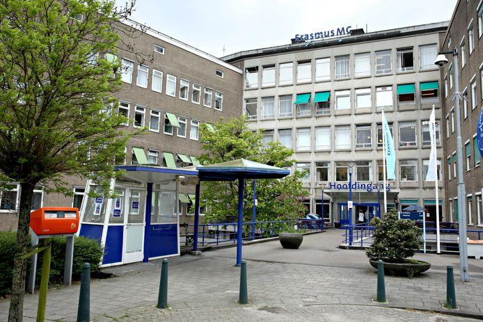 50Plus Rotterdam wil dat de buurt betrokken wordt bij de plannen voor een woonwijk op de plek van de voormailige Daniel den Hoedkliniek op Rotterdam-Zuid.