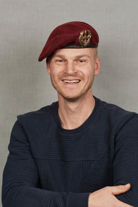 Veteraan Martijn Trouwborst (37) uit Zuid-Beijerland in erehaag op de Dam