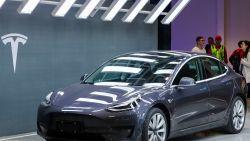 Niemand trekt sneller op dan Tesla: autobouwer even veel waard als Mercedes, Honda, BMW, Peugeot en Renault... samen