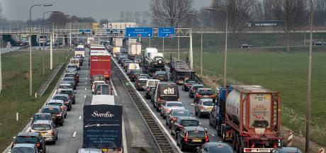 Jaarlijks 1 euro per inwoner voor verkeerslichtenvrij knooppunt Hooipolder?