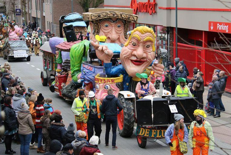 De stoet van Balen trapt het carnavalsseizoen op gang.