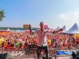 Van Lloret tot Nijmegen, feestzanger Kafke is overal een dikke hit