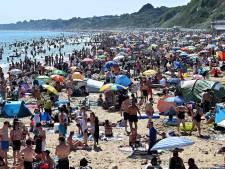 """Des plages anglaises bondées, la police intervient: """"Une attitude irresponsable et choquante"""""""