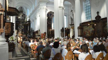 Aantal kerkgangers in Ninove lichtjes gestegen voorbije jaar