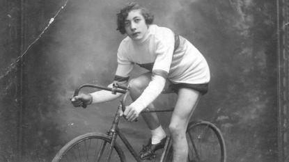 'Meer vrouw op straat': eerst werd Elvire De Bruyn wereldkampioen wielrennen, daarna een man