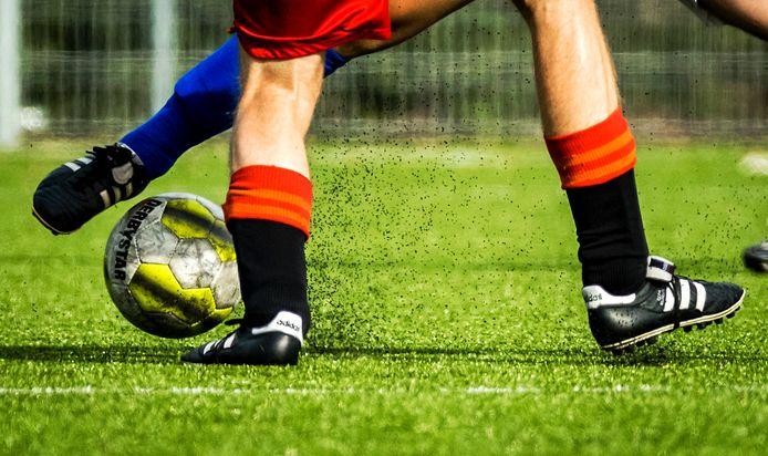 Ook uit Europees onderzoek blijkt dat er weinig gezondheidsrisico's zitten aan sporten op kunstgras met rubberen korrels