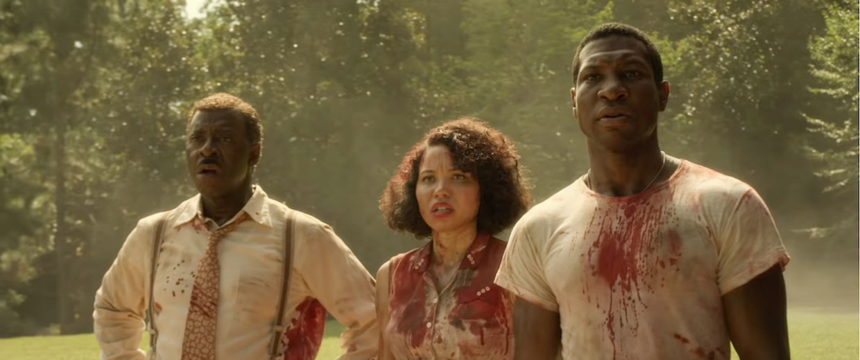 Courtney B. Vance, Jurnee Smollett en Jonathan Majors in Lovecraft Country. Beeld HBO