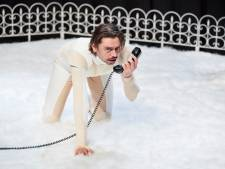 Publiek moet verlies nemen in 'Sorry baby' van Stefano Keizers, te zien in Veldhoven en Helmond