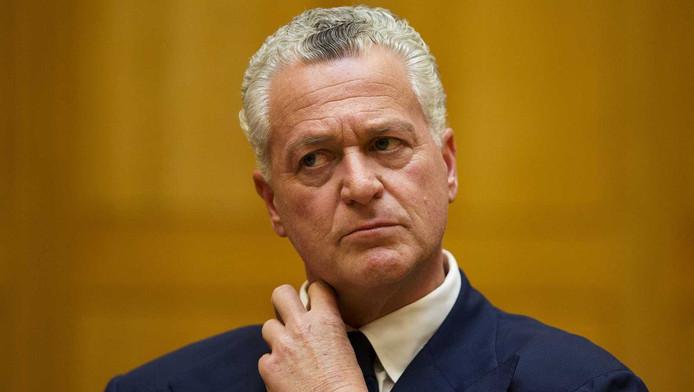 Oud-topadvocaat Bram Moszkowicz is opnieuw gered van de financiële ondergang