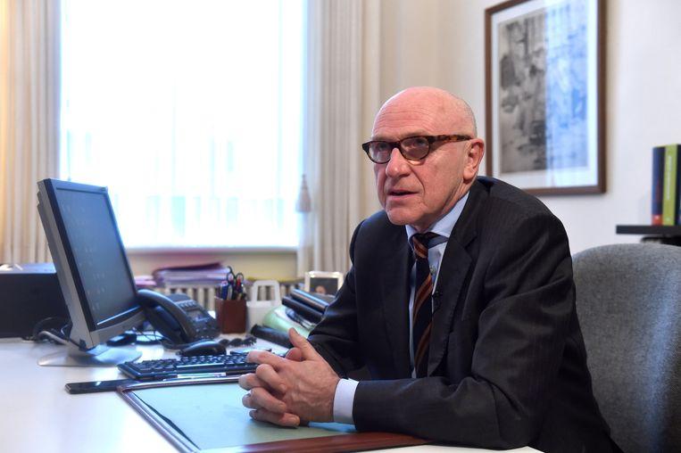 De advocaat van de ontslagen Catalaanse regiopresident Carles Puigdemont in België, Paul Bekaert. Beeld REUTERS