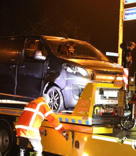 Automobilist naar ziekenhuis na kop-staartbotsing op afrit A73