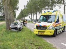 Automobiliste gewond na botsing met boom op de weg tussen Espel en Creil