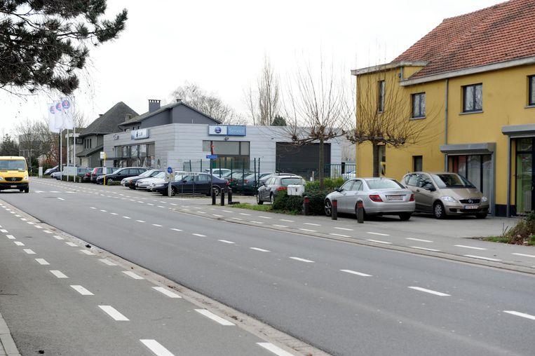 Erwin Mertens begint op de locatie van de vroegere Saab-garage in Haasrode met een nieuwe foodhall.
