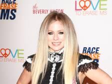 Avril Lavigne schrapt show in Zürich vanwege coronavirus