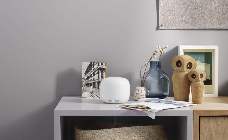 Nest Wifi van Google is een strak vormgegeven kastje. Beeld Google