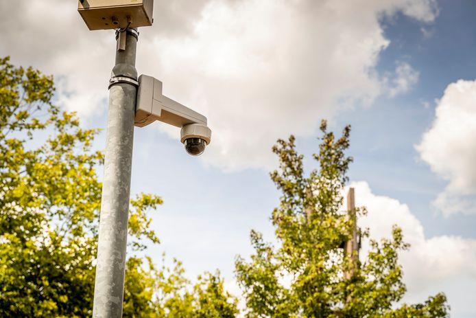 In het probleemgebied rond de Rockanjestraat komt cameratoezicht.