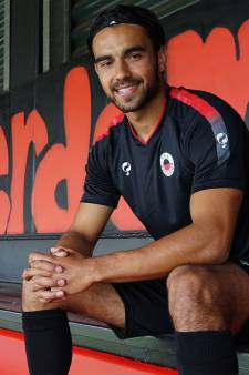 Excelsior huurt Mitchell van Rooijen van FC Utrecht