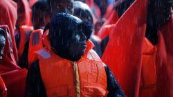 Italië beschuldigt Malta van doorsturen bootvluchtelingen: meer dan 200 migranten aangekomen in Sicilië