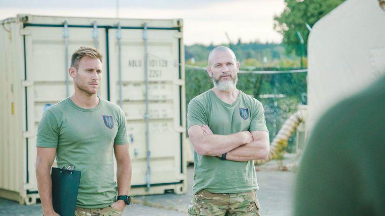 Operator Stijn, links in beeld, tijdens Kamp Waes